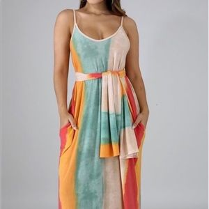 Dresses & Skirts - Color Block Maxi Dress